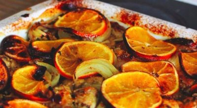 Запеченный цыпленок в маринаде с апельсинами