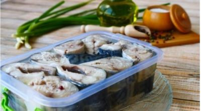 Малосольная скумбрия в масле: роскошный рецепт для любителей рыбы