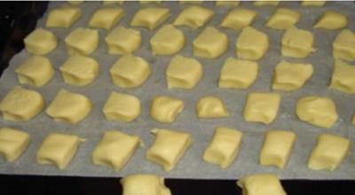 Мучное печенье невероятно нежное, прям тает во рту