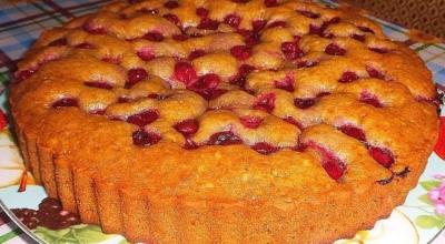 Продукты для этого пирога найдутся в каждом доме