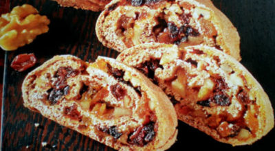 Рулет с изюмом и орехами – вкусная и нежная выпечка
