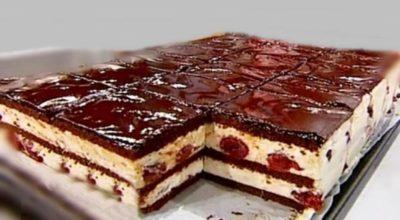 Шоколадное пирожное с вишней. Очень вкусно