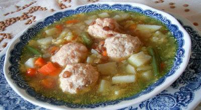 Суп с фрикадельками и картошкой: постный, но вкусный