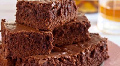 Такое сочетание халвы и шоколада, просто фантастика. Вкуснейший брауниз