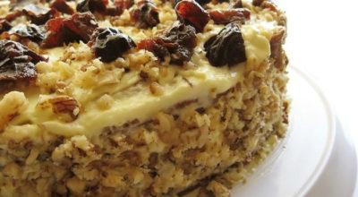 Торт «Александрийский» с орехами и черносливом