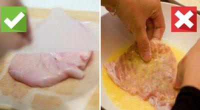 Ты до сих пор обваливаешь курятину для отбивных в муке и обмакиваешь в яйцо? Всё гораздо проще!