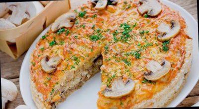 Вафельный торт-закуска с грибами и курицей – за ушами трещит