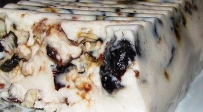 Чернослив со сметаной и грецким орехом – это идеальный десерт