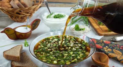 Старинный рецепт освежающей окрошки на квасе