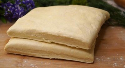 Это чудесное слоеное тесто готовится так быстро, что просто палочка выручалочка