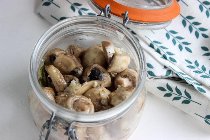 Маринованные шампиньоны: рецепт великолепной закуски