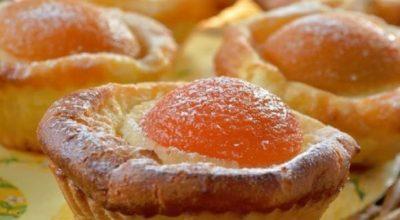 Сырники в духовке с абрикосами. Очень нежные