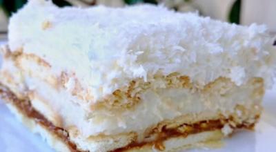 Восхитительный торт «Рафаэлло» со сгущенкой без выпечки