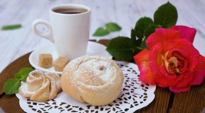 Булочки «Чайная роза»: домашняя уютная выпечка