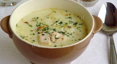 Сытный английский куриный суп с плавленым сыром