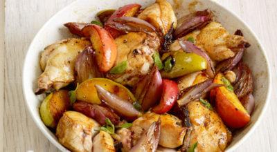 Запеченное куриное филе с яблоками: идеальное сочетание для ужина