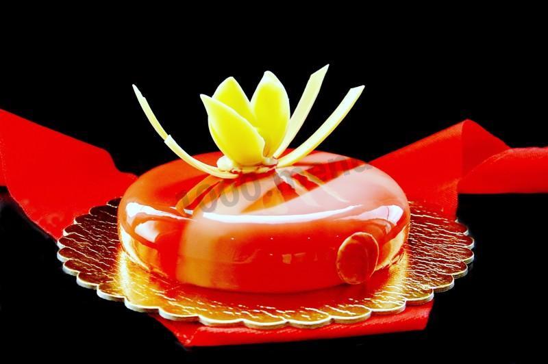 Торт Красный бархат с зеркальной глазурью