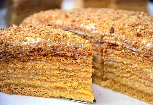 Медовый торт — любовь с первой ложки