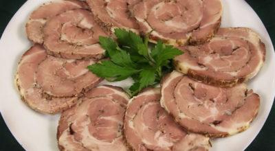 Мясной рулет: Вкусная закуска на праздник