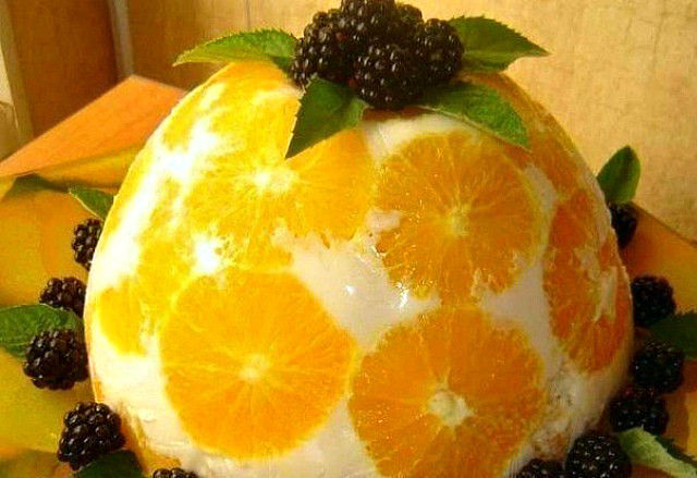 6 Желейный торт «Апельсины в йогурте»