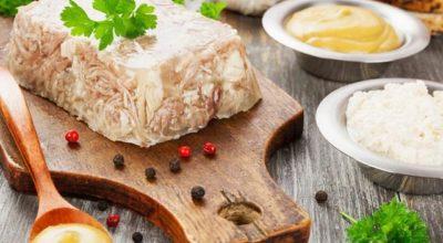Холодец из свиных ножек — вκусные рецепты дοмашнегο пригοтοвления
