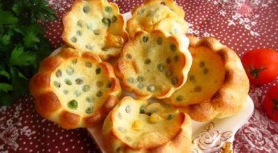 Блинные булочки с зеленым горошком: вкусно, ароматно и сытно