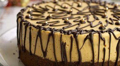 Домашний торт «Наслаждение»: «бомбический» десерт на все случаи