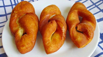 Рецепт суперпончиков по-венгерски: как наш хворост, только намного пышнее. Обязательно посыпаю сахарной пудрой