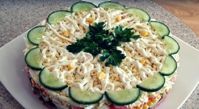 Слоеный салат «Новинка»-очень просто, вкусно и быстро