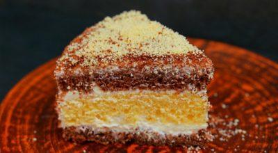 Торт «Сметанник» – самый простой и очень вкусный домашний торт