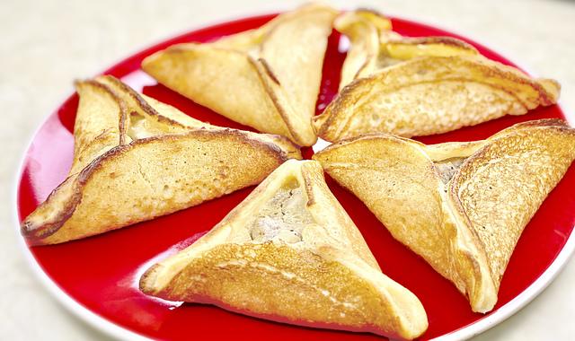 Фото к рецепту: Арабские блинчики с курицей, грибами и сыром