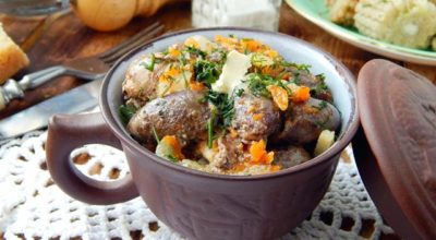 Куриные сердечки в сметане — 7 рецептов приготовления