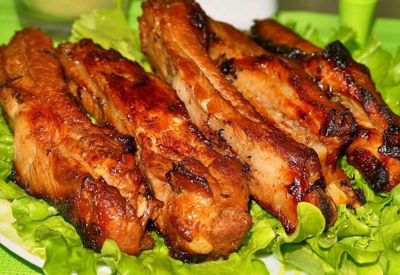 Мясо в духовке в маринаде