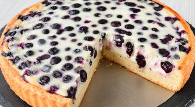 Песочный пирог с нежной ягодно-сметанной заливкой. Очень летний рецепт