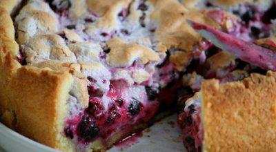Пирог со смородиной: вкусно, быстро, полезно
