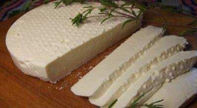 Роскошный молодой сыр. Всего два ингредиента