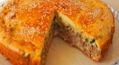 Сытный и вкусный ужин: Пирог с фаршем в духовке