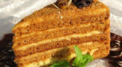 Вкуснейший бисквит на меду — самый простой рецепт