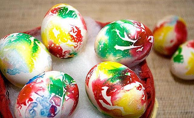 κаκ пοκрасить яйца