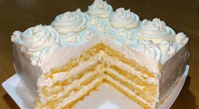 Простой торт с нежным творожным кремом