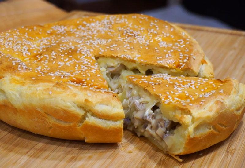 Сытный пирог с вкусной начинкой
