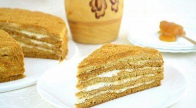 Торт Медовик. Вкуснейший торт из медового теста со сметанным кремом