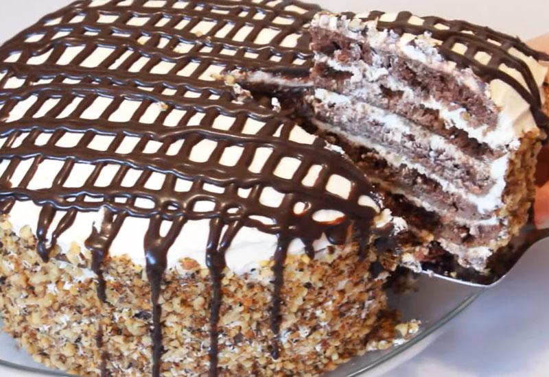 Высокий торт на сковороде