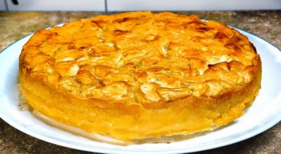 Много начинки и мало теста. Яблочный пирог на кефире, вкуснее чем шарлотка