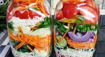 Невероятно вкусный маринованный салат на зиму. Овощное ассорти — зимой пальчики оближешь