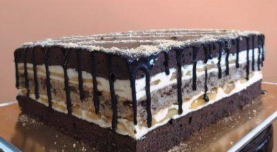 Шоколадно – ореховый торт с яблоками. Вкуснейший, хотя и из простых продуктов