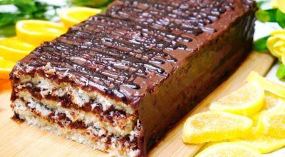 Кокосовый тортик с большим количеством шоколада