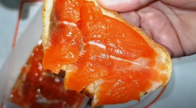 Простой рецепт малосольной красной рыбы: съедается за раз