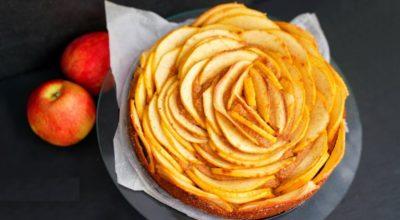 Яблочный пирог без сахара, муки и масла