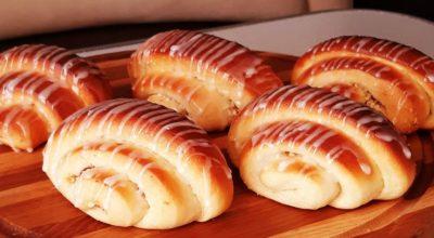 Ароматные булочки с хрустящей начинкой